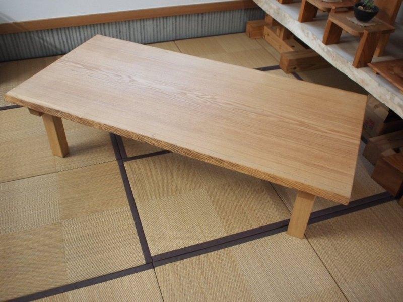 タモ一枚板の座卓1