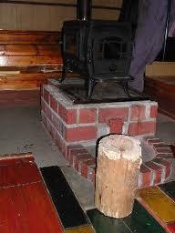 杉丸太の椅子