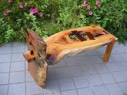 とっこやさんのケヤキ材をご使用になり長椅子をご製作されました。