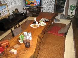 楠一枚板の座卓