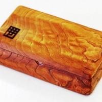 お客様の作品~欅極上杢テンカラ毛鉤ケース~