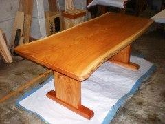 欅ダイニングテーブル(くさび留め板脚)